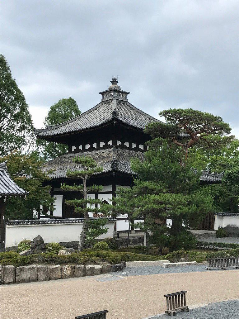 東福寺経蔵
