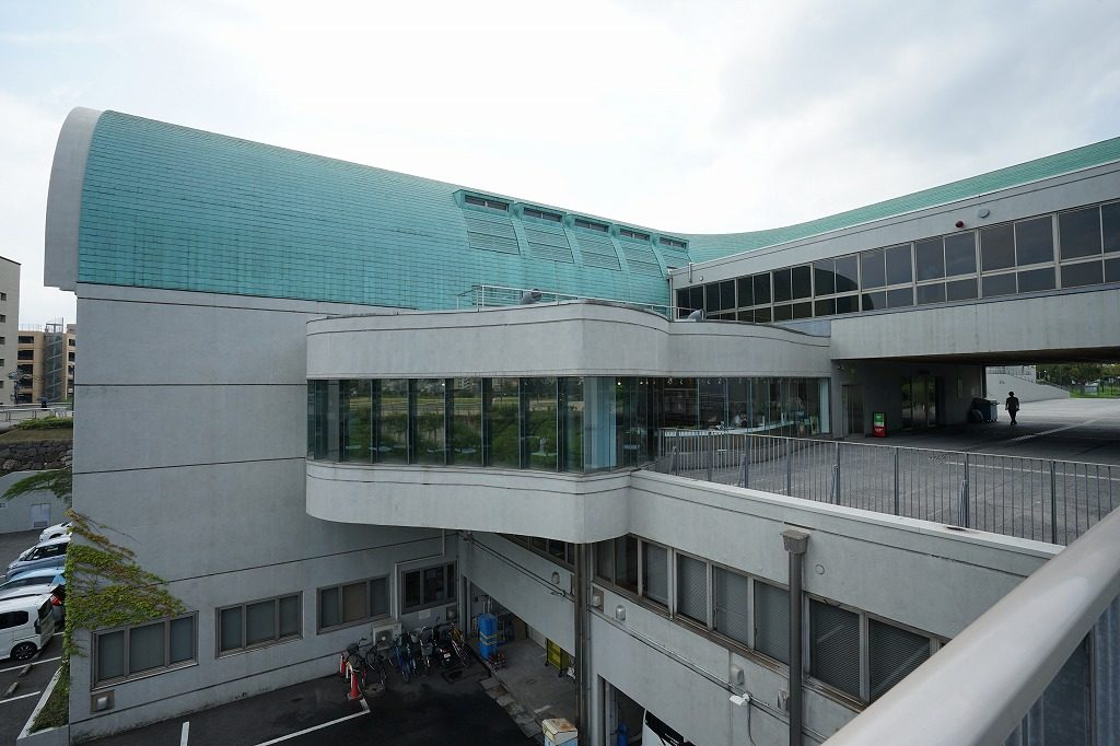 北九州市立図書館